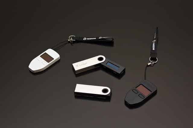 Read more about the article What is a Hardware Wallet and Best Hardware Wallets